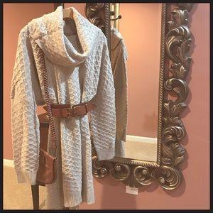 H&M sweater dress in light ivory beige size medium